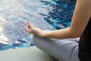woman meditating to find inner peace (photo credit: Freedigitalphotos.net)
