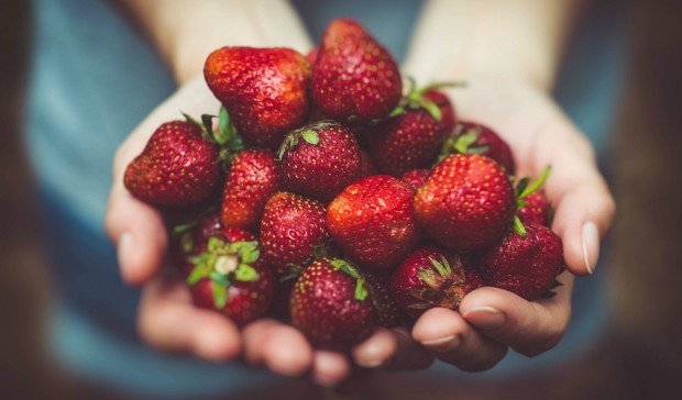 Body and Mind Detox 5 Steps To A Healthier You - Fresh Strawberries